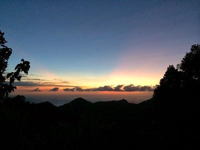 バリ島の御来光ツアー