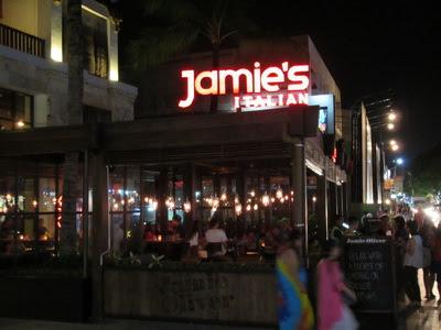 バリ島おすすめレストラン、ジェイミーズ