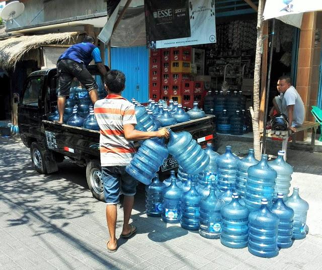 バリ島水不足
