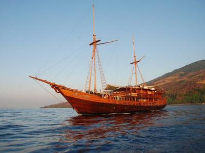 ラグジュアリー帆船で航海の旅