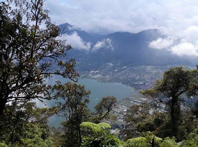 プチャ・マング山からの眺め、バリ島