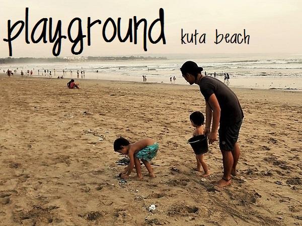 家族みんなでバリ島クタビーチをクリーンアップ