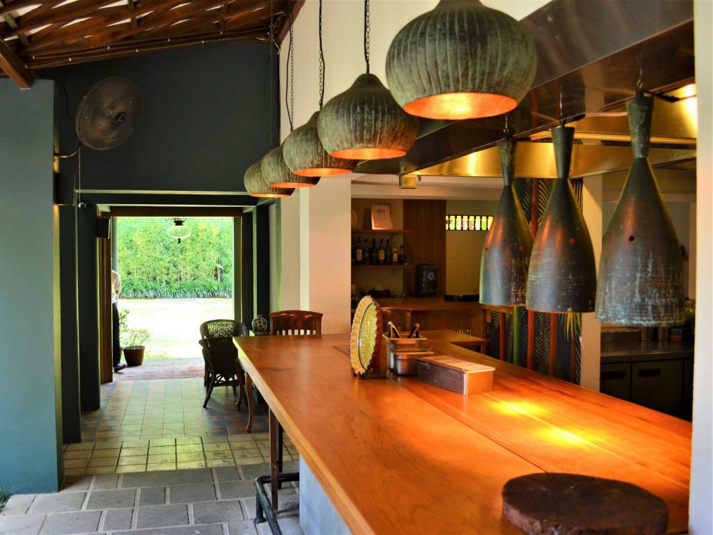 バリ島ウブドの人気レストラン、サヤンハウス