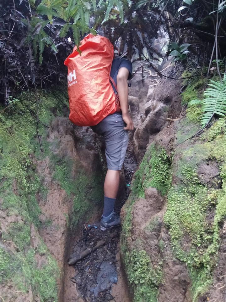 過酷な登山、クリンチ山