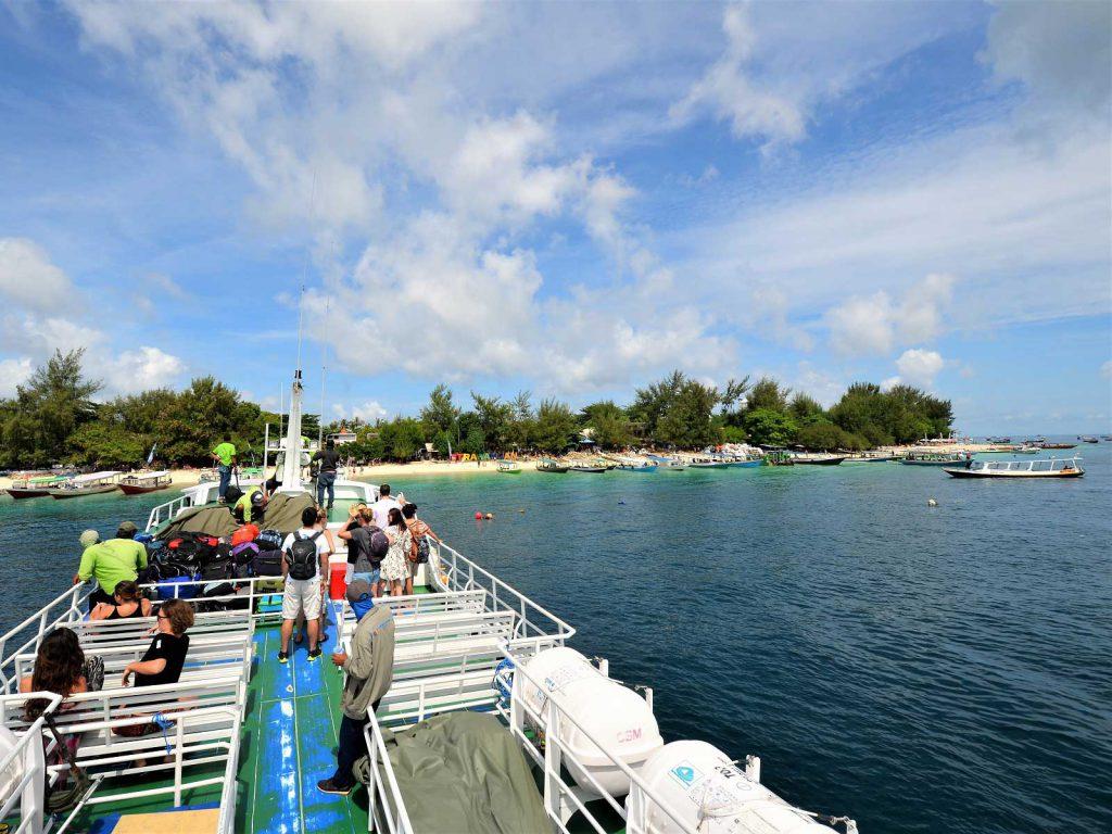 バリ島からギリ島の行き方ボート料金情報