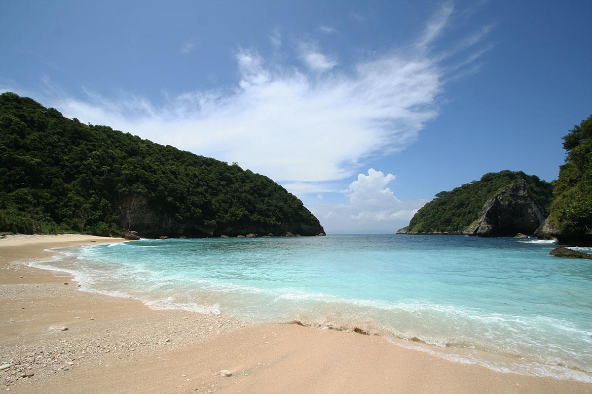 ペニダ島のアトゥビーチ