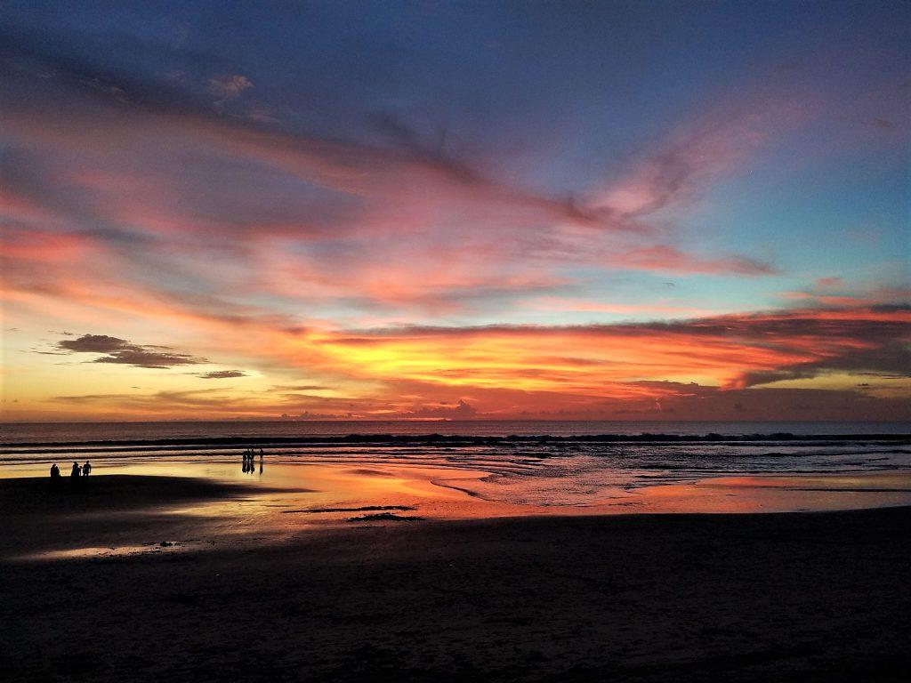 クタビーチのサンセット