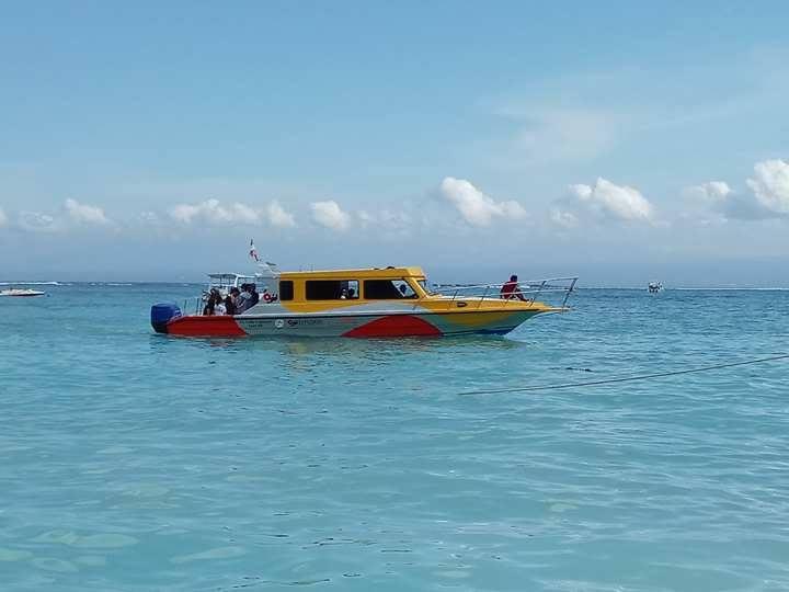 バリ倶楽部のボート
