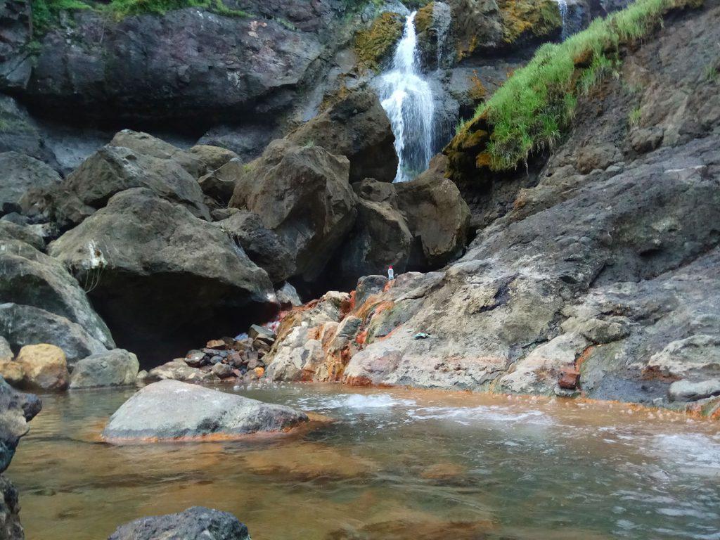 温泉の源泉、リンジャニ山