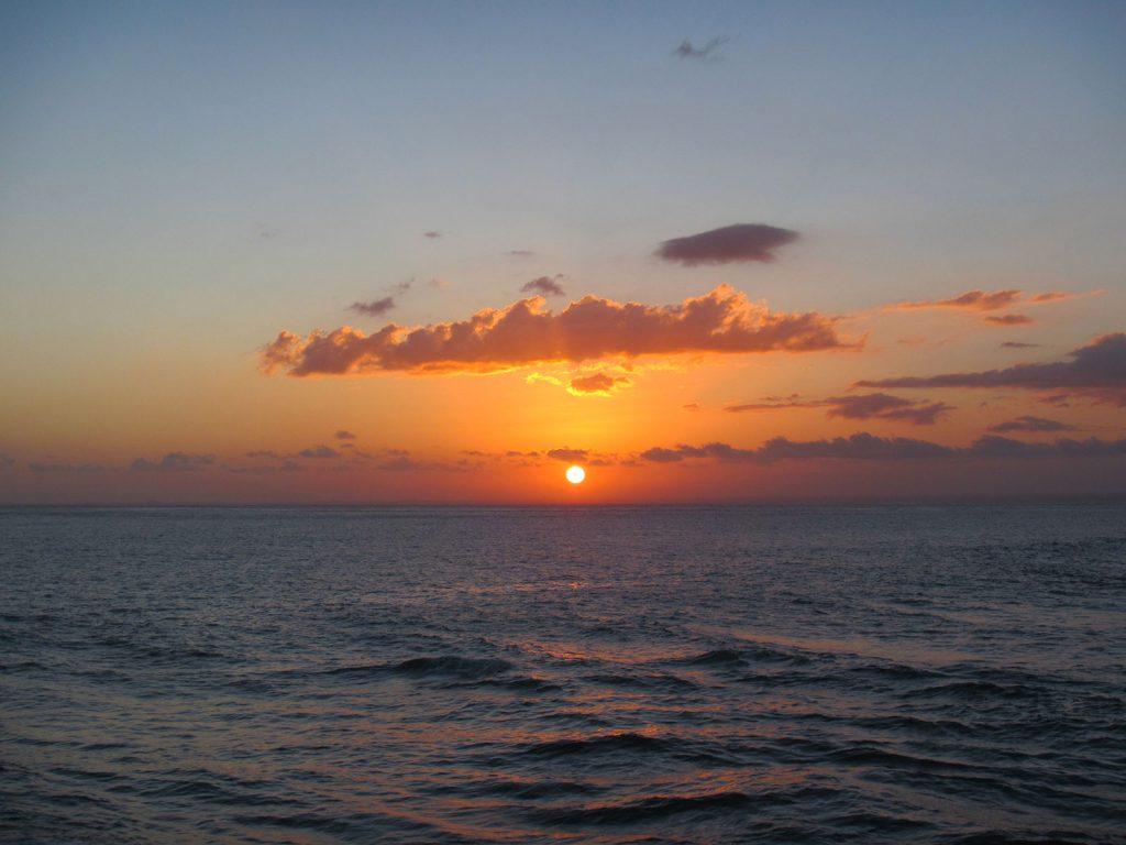 レンボンガン島のサンセット