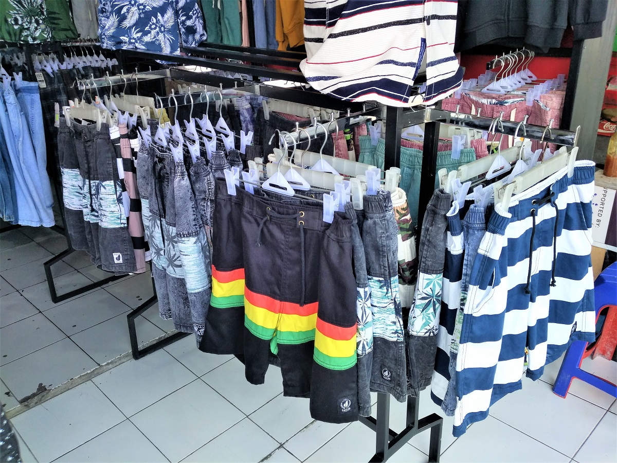 バリ島ファストファッション、セレクトショップ