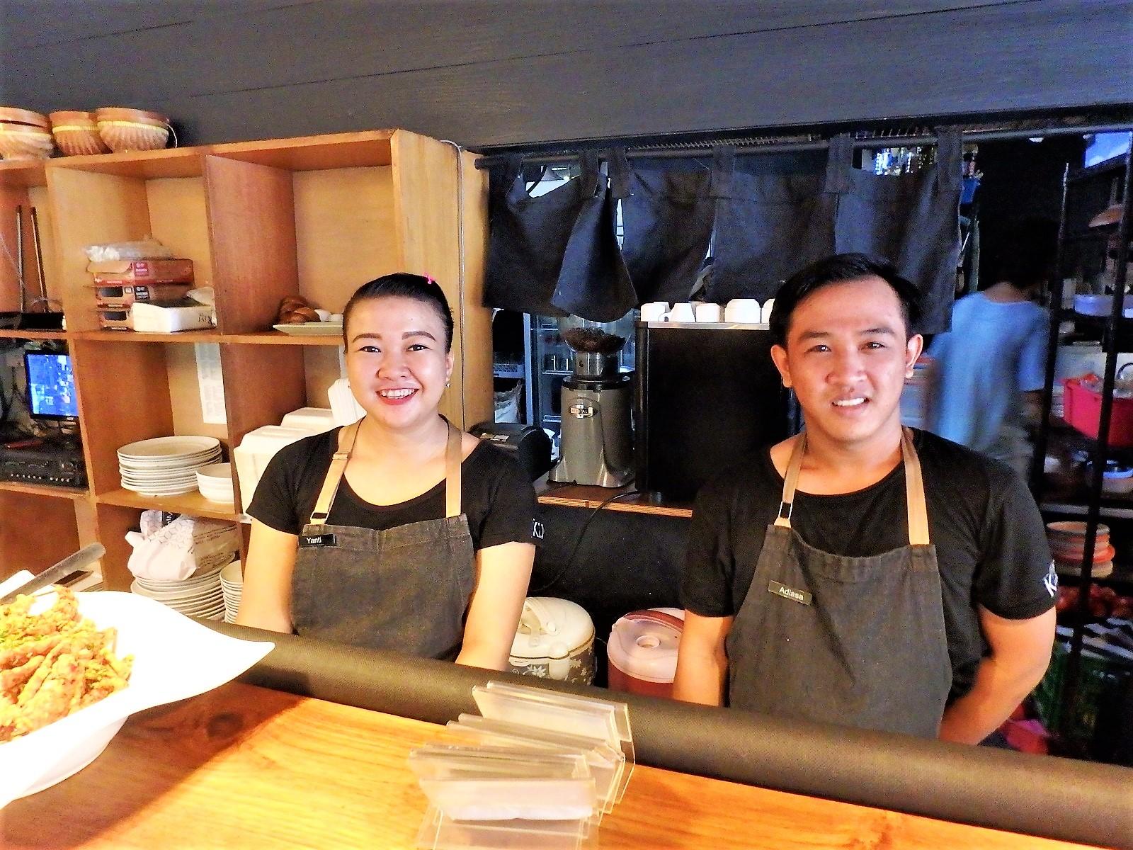 バリ島レストラン情報ワルン・カズ