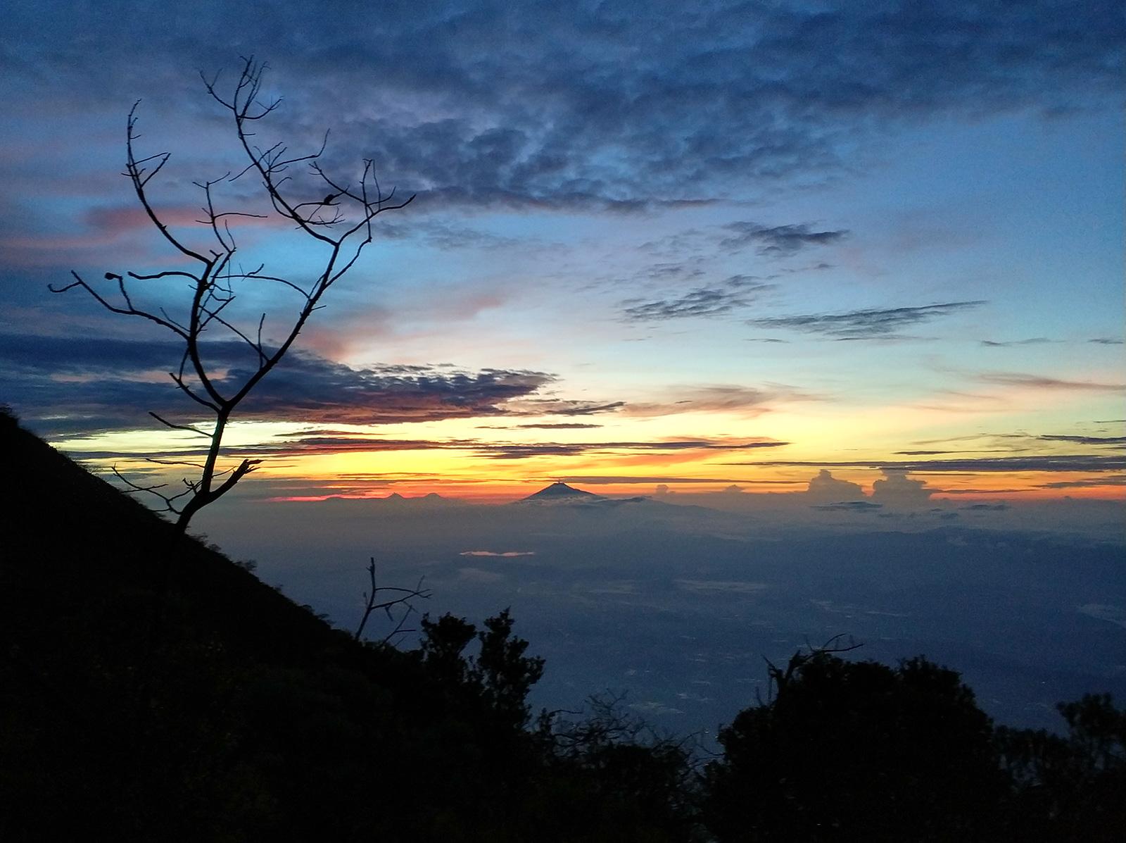 ciremai-before-sunrise2