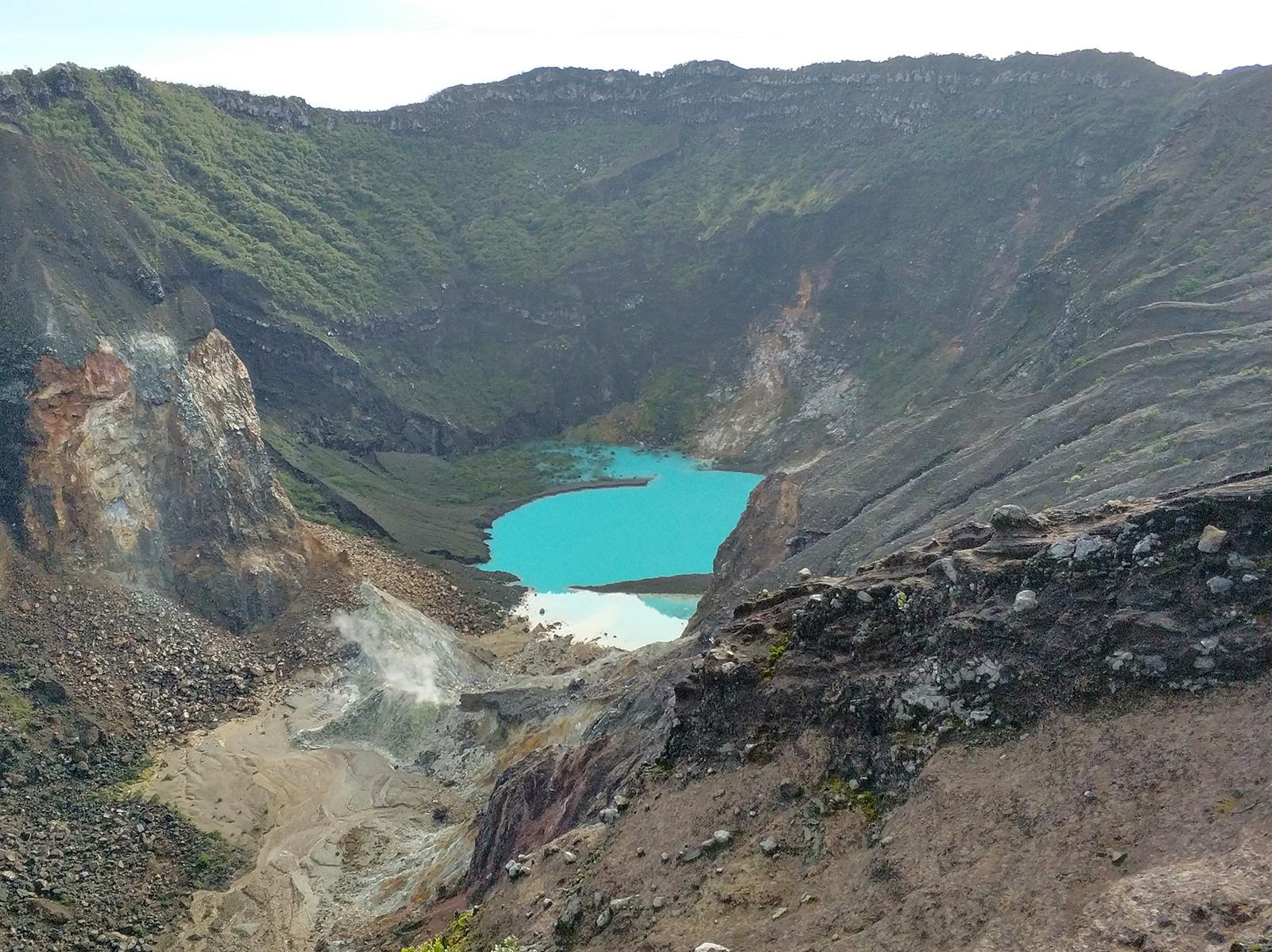 crater-ciremai2