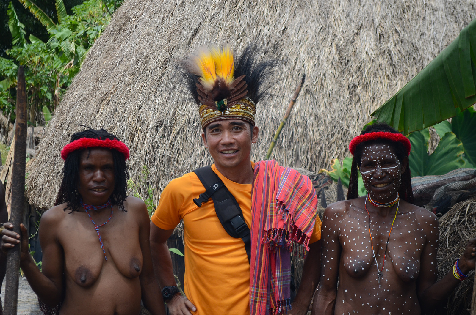 explore-papua-tribes
