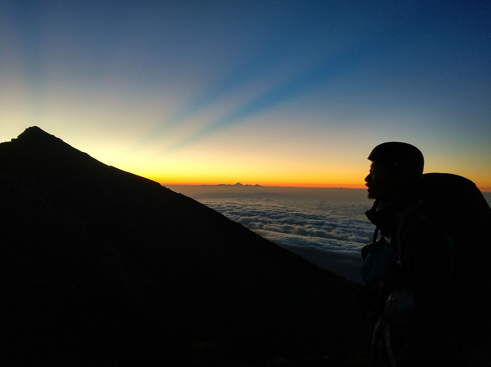 sunrise-from-raung