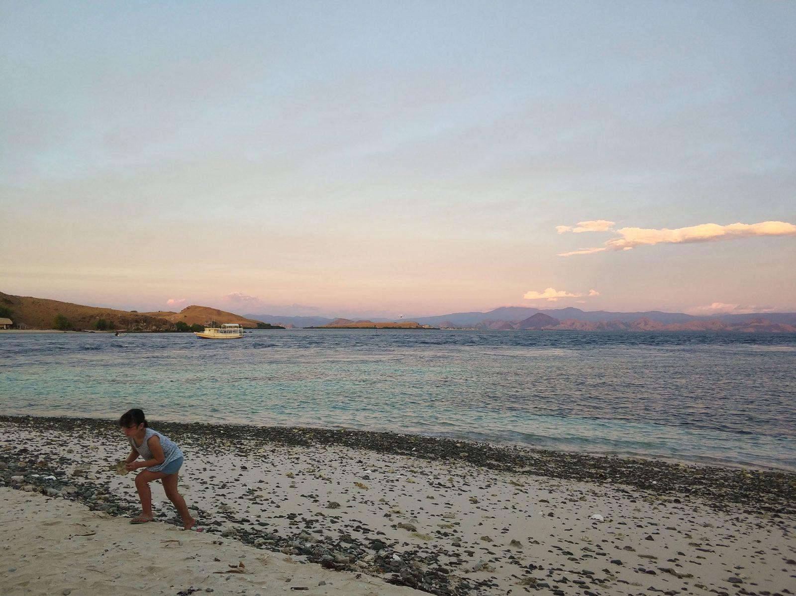 camping-site-beach