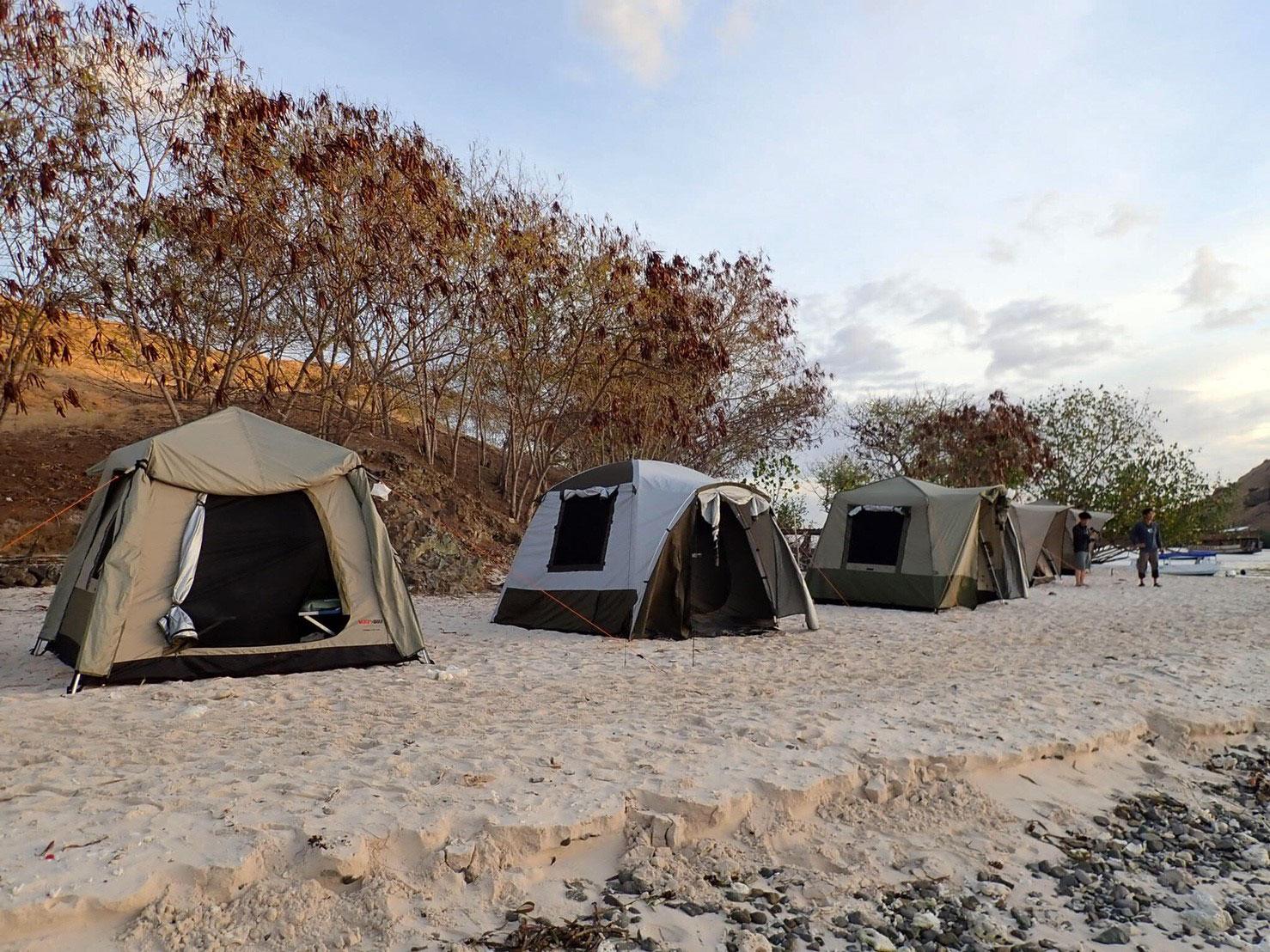 komodo-camping-site