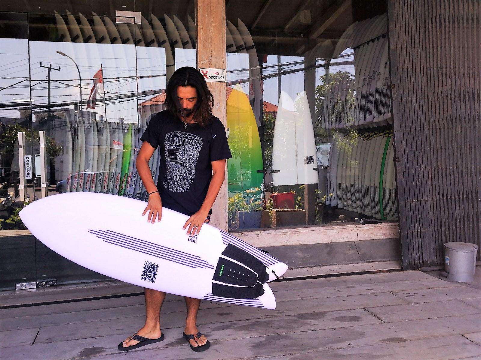 バリ島サーフボードお土産情報