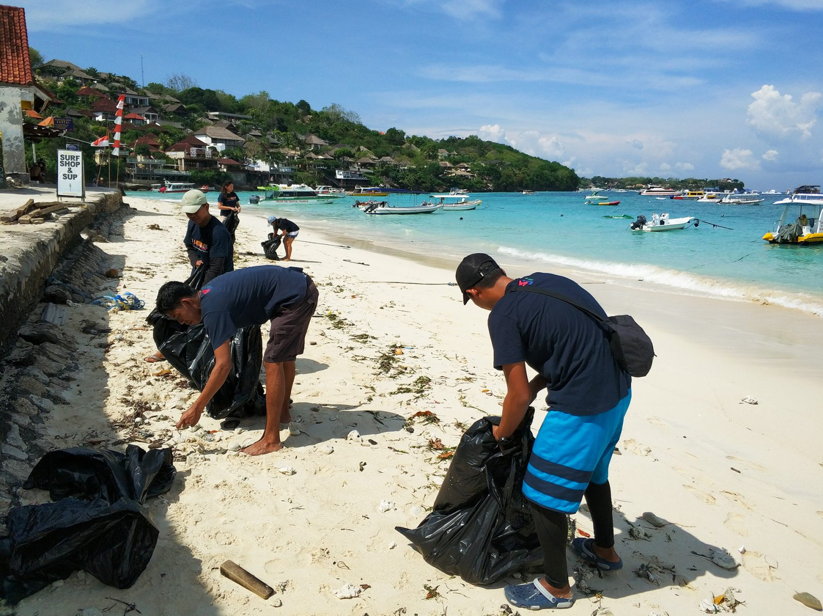 clean-up-lembongan