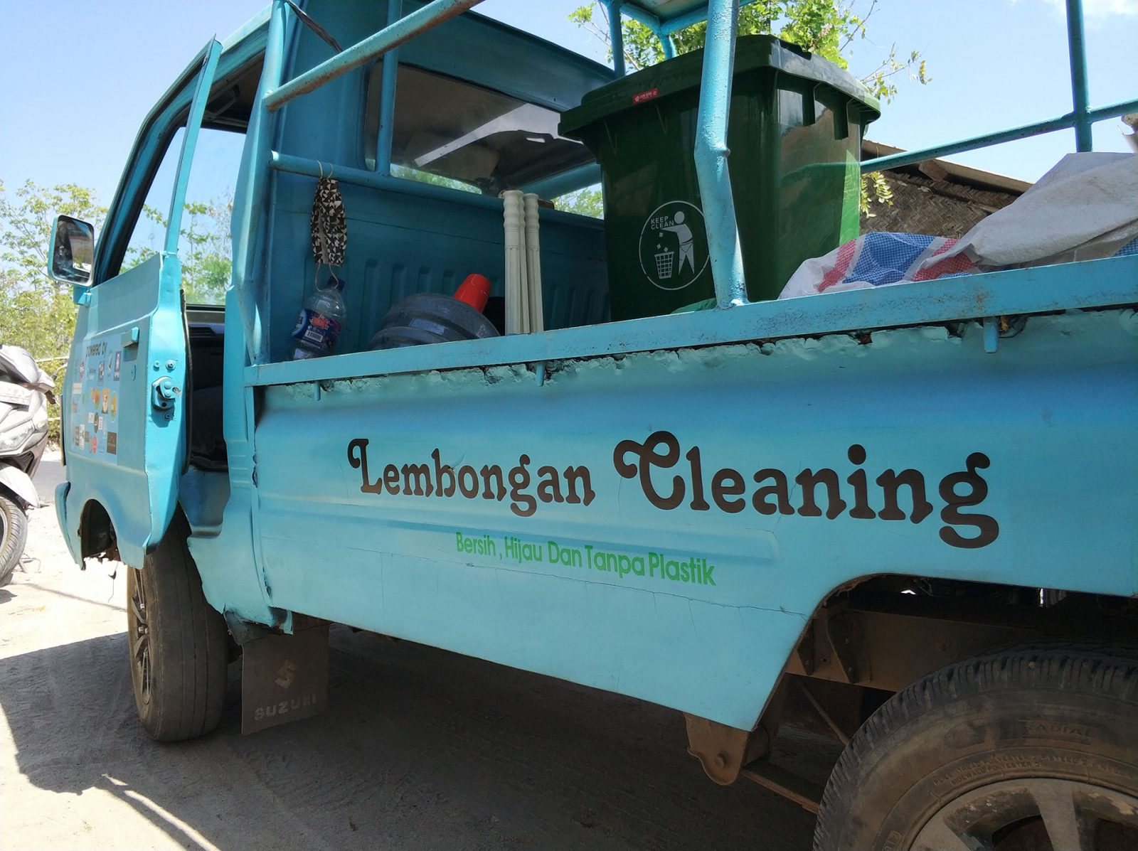 cleaning-lembongan