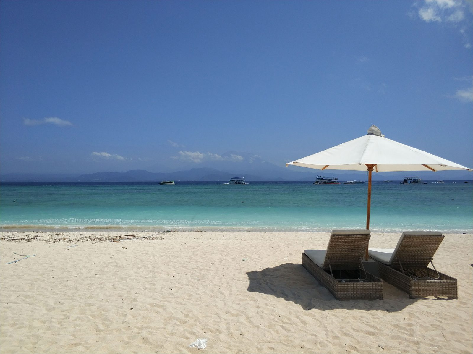 lembongan-beach-whitesand