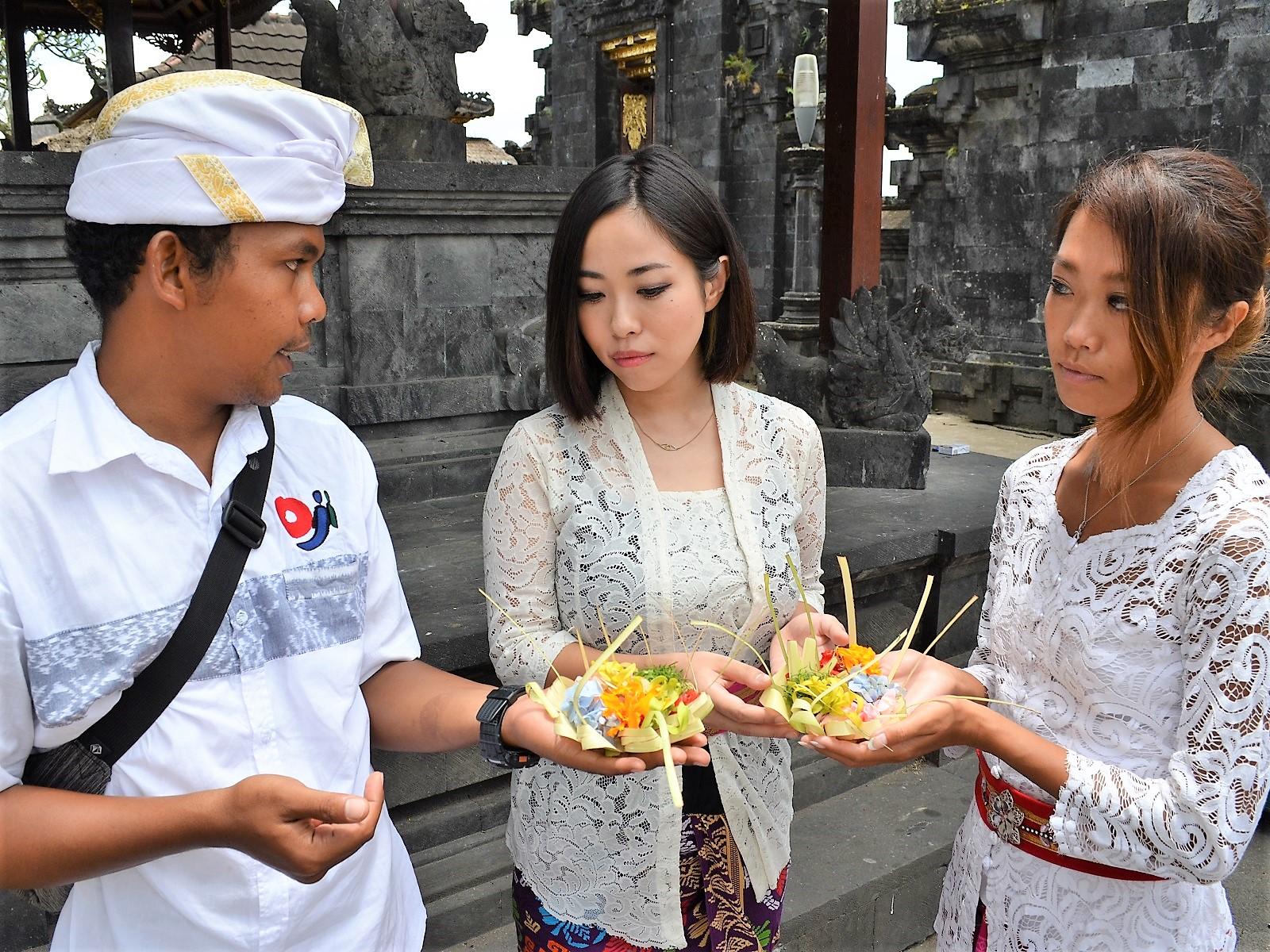 バリ島ブサキ寺院キャンペーン
