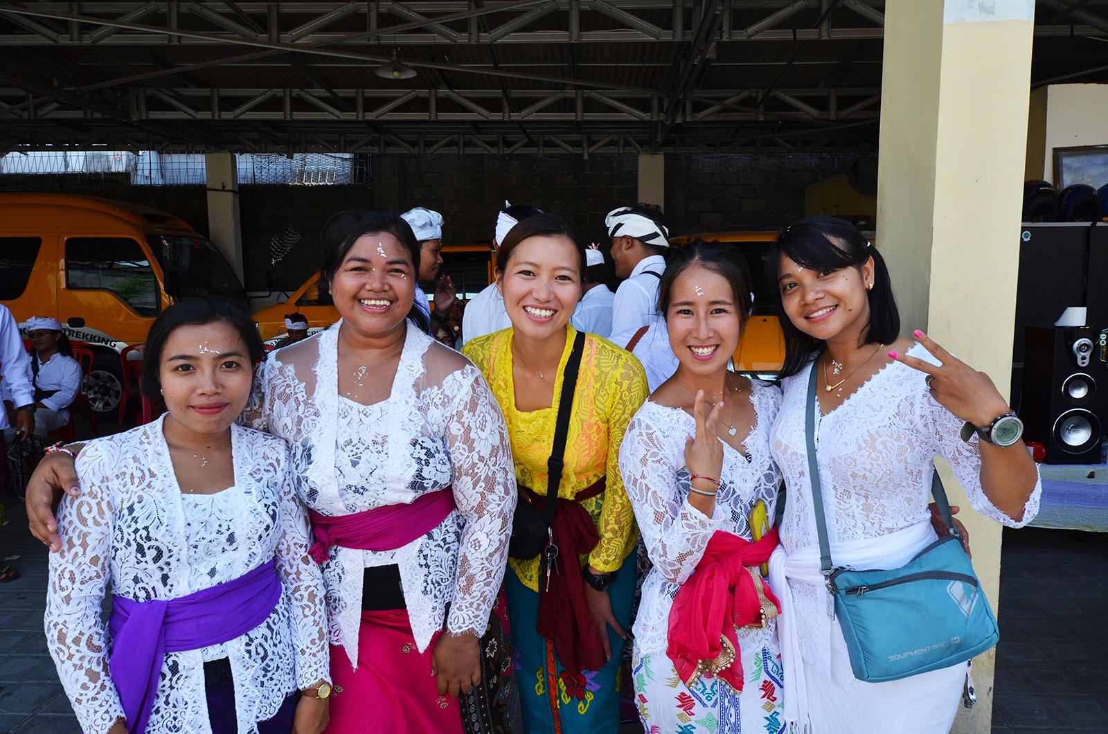 baliclub-staff-ceremony3
