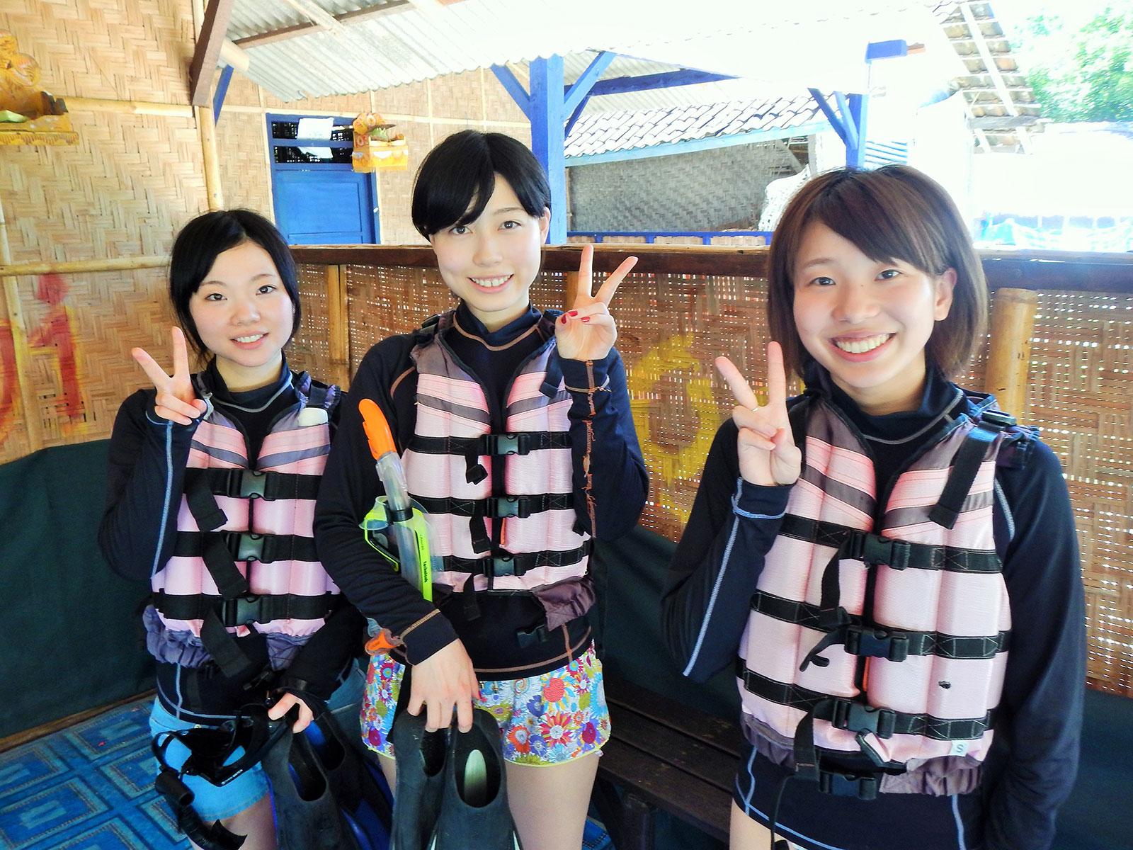 lifejacket-snorkeling-baliclub