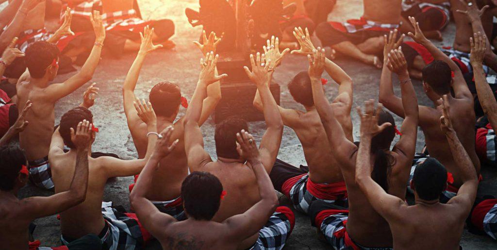 バリ島のケチャックダンス