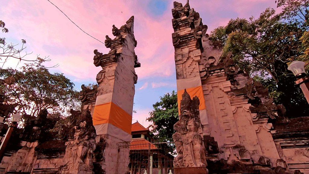 サケナン寺院