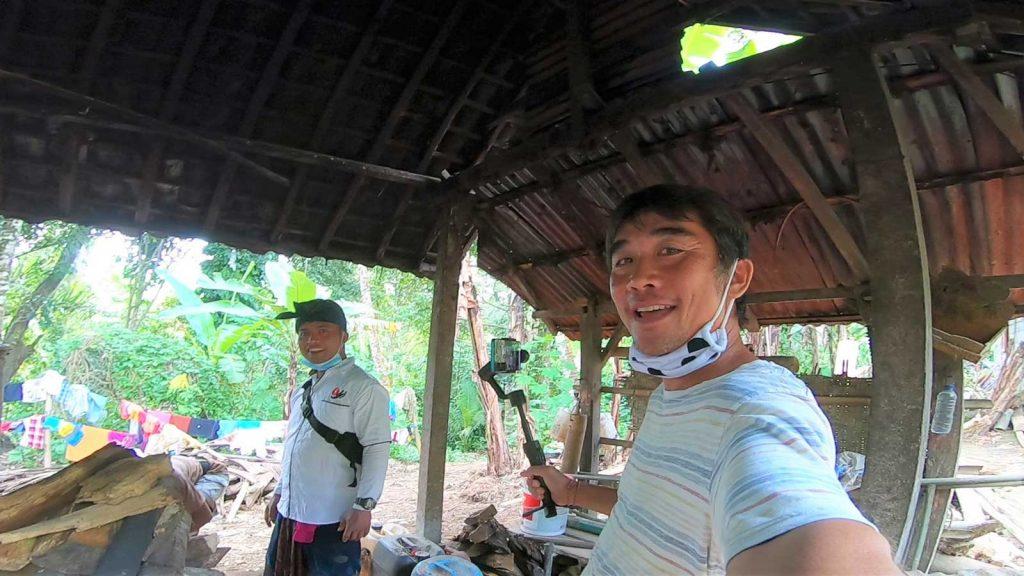 シデメン村のアラック作り