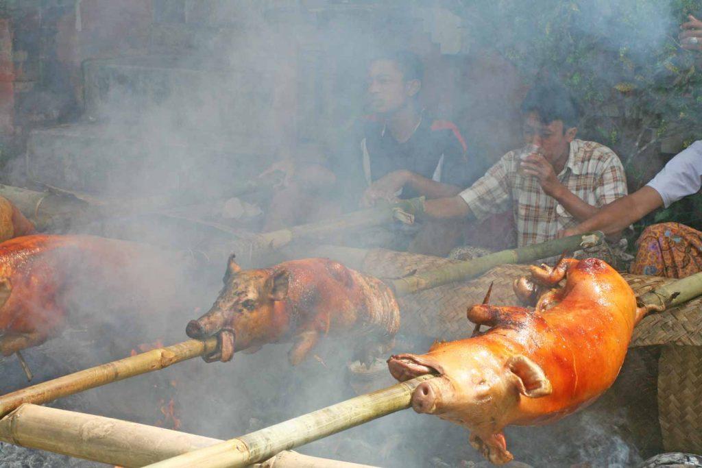 豚の丸焼きバビグリン