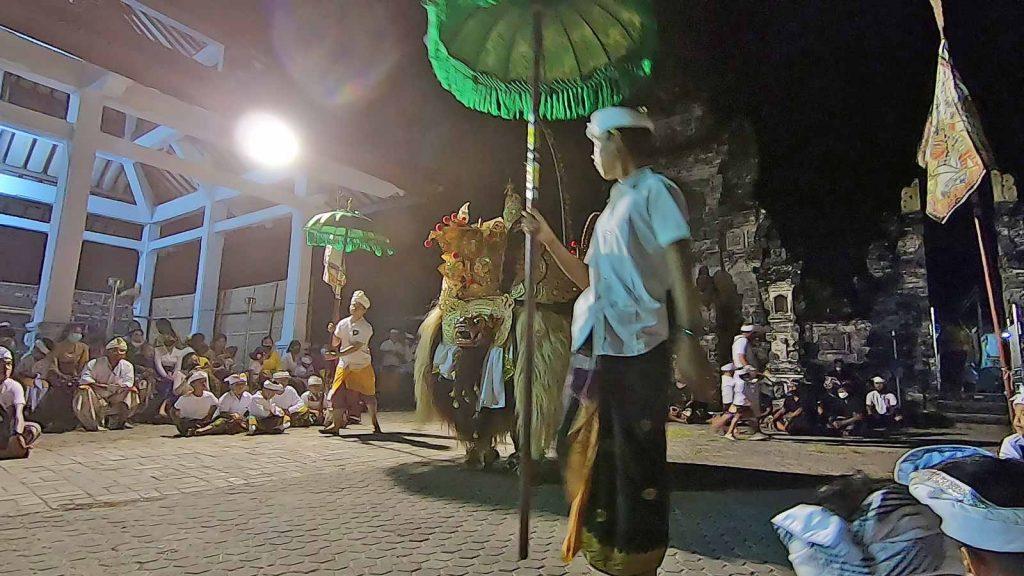 バリ島のバロンダンス