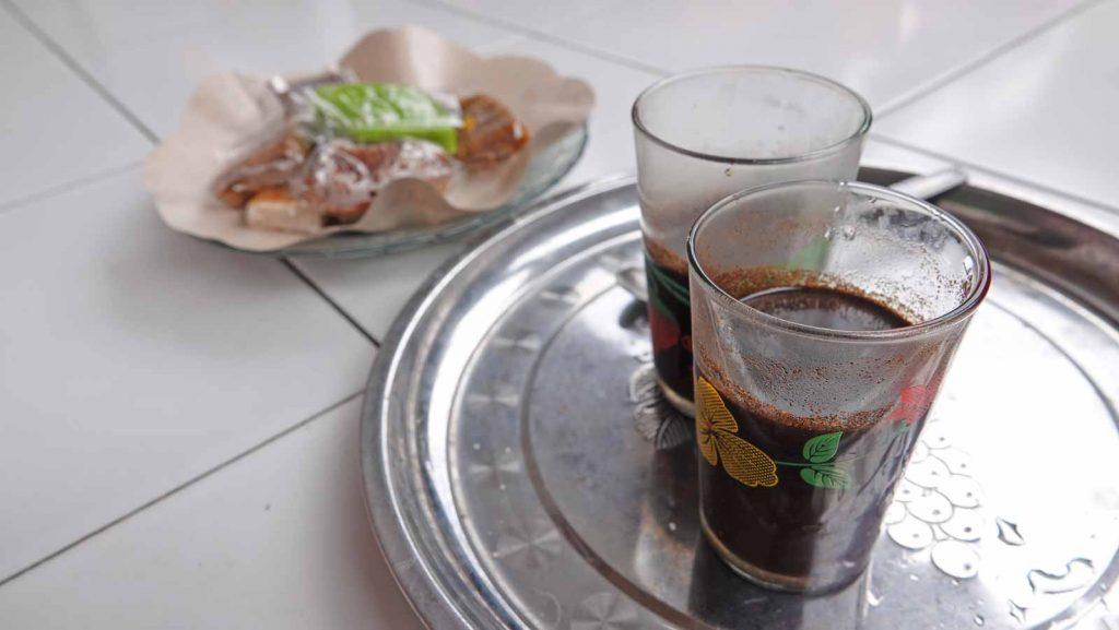 地元のコーヒーのコピバリ