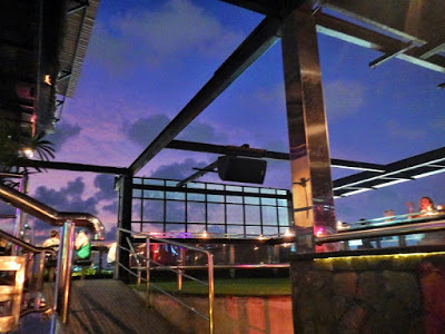 バリ島のナイトクラブ、スカイガーデン飲み放題情報
