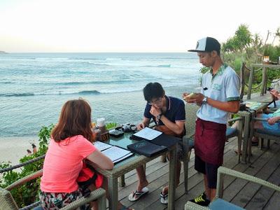 バリ島からレンボンガン島へ宿泊、サンセットと夕日スポット