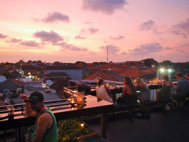バリ島の夕日・サンセットの時間帯ベストタイム早見表