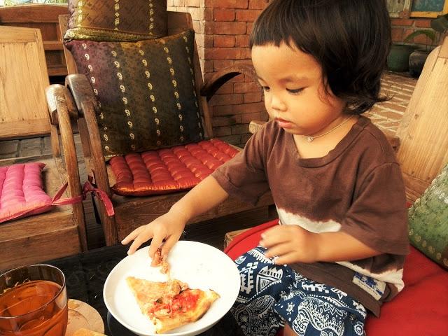 バリ島ウブドおすすめレストラン、バロンブリッジカフェ