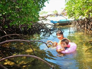 バリ島からレンボンガン島へ宿泊家族旅行