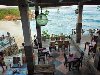 バリ島、レンボンガン島ビーチクラブ、ドリームビーチカフェパンダン